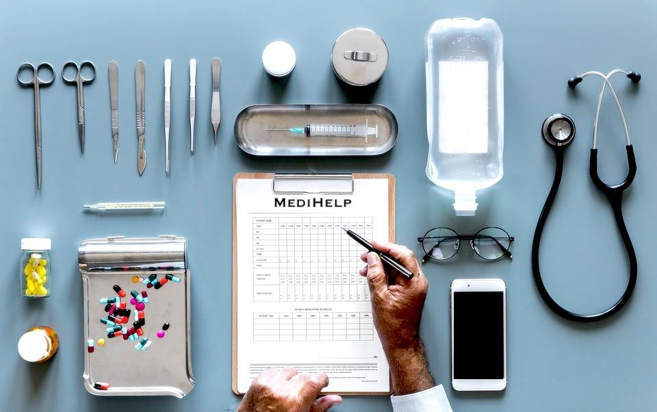 A magán egészségbiztosítás mindkét szerződő fél részére vállalható és átlátható tiszta helyzetet teremt.